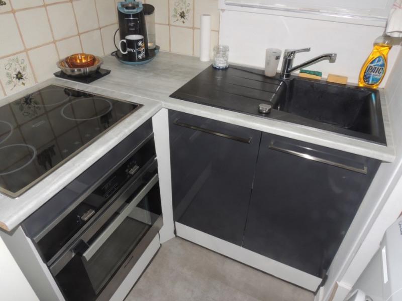 Sale apartment Royan 147000€ - Picture 3