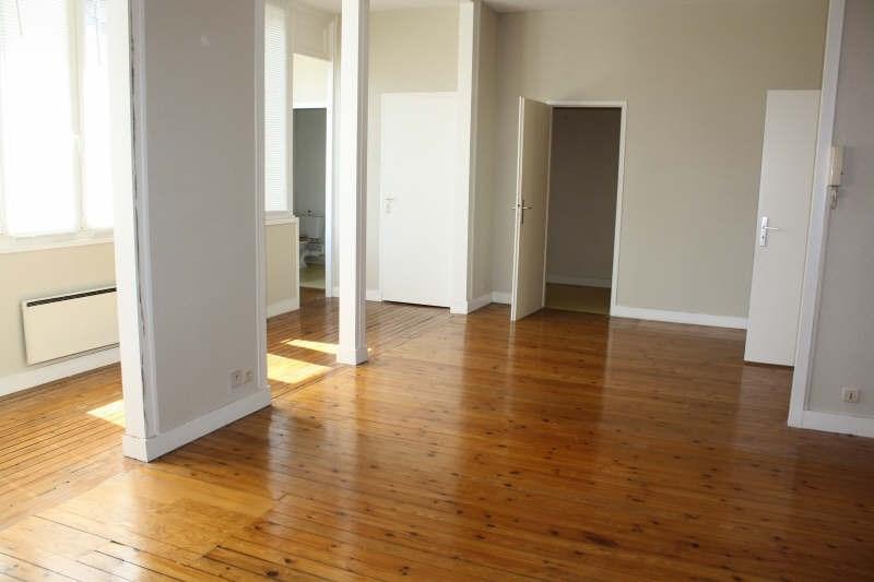 Location appartement Langon 641€ CC - Photo 1