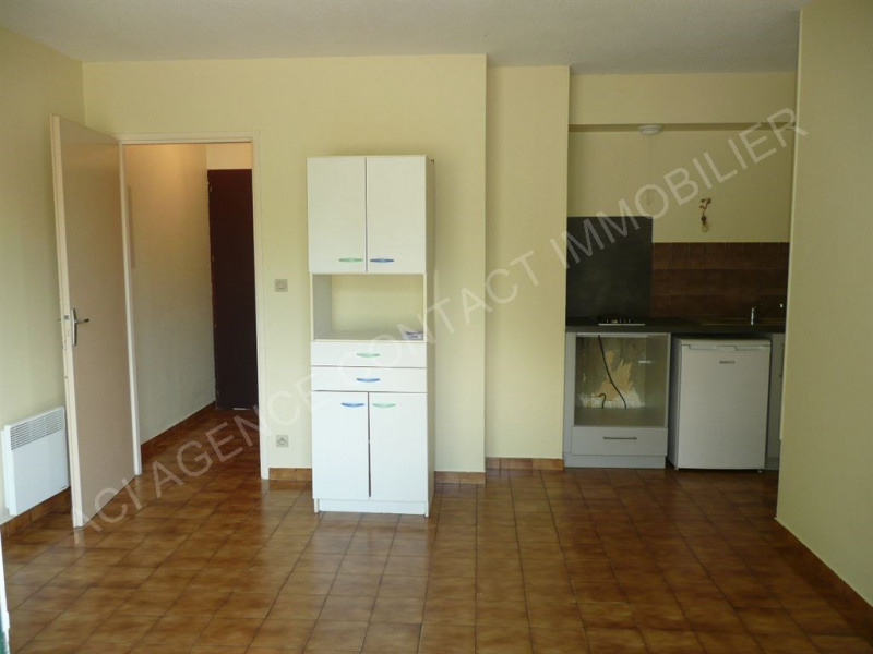 Location appartement St pierre du mont 360€ CC - Photo 3
