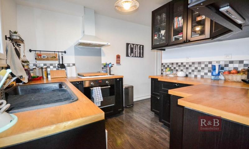 Sale apartment Plaisir 200000€ - Picture 7