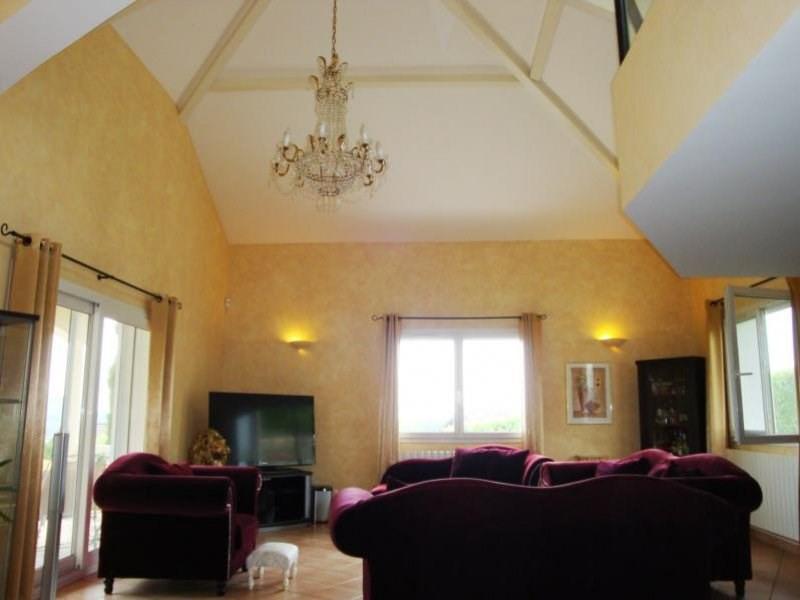 Deluxe sale house / villa Cranves-sales 648000€ - Picture 4