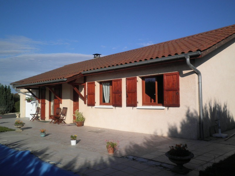 Sale house / villa Villeneuve de marc 235 000€ - Picture 3