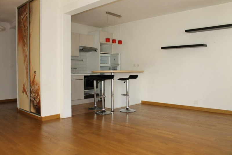 Rental apartment Pontoise 850€ CC - Picture 2