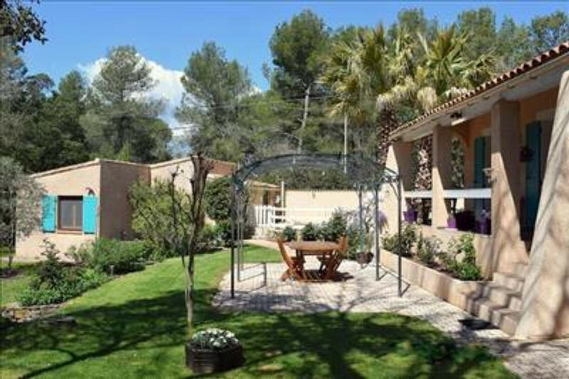 Vente de prestige maison / villa Pourrieres 598 000€ - Photo 4