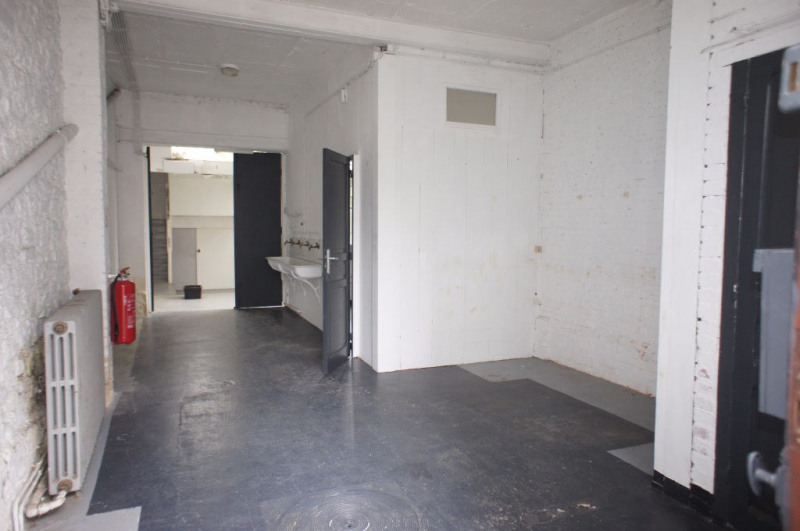 Location local commercial Clamart 1248€ HC - Photo 3