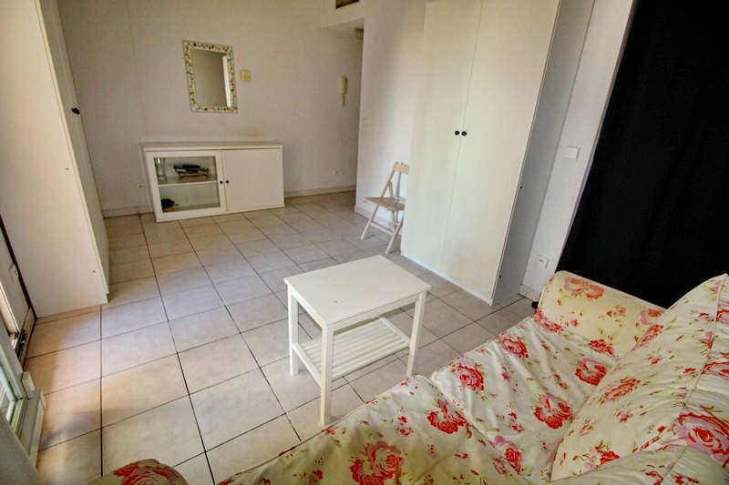 Rental apartment Nice 555€ CC - Picture 3