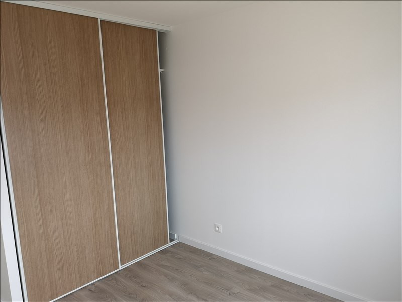 Location maison / villa Cepet 903€ CC - Photo 4