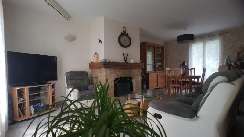 Sale house / villa Brie comte robert 363 000€ - Picture 3