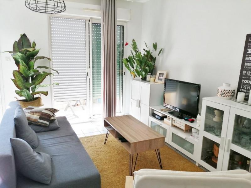 Rental apartment Bourgoin jallieu 575€ CC - Picture 2
