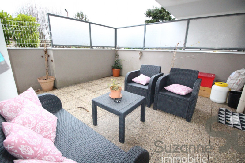 Sale apartment Eybens 118000€ - Picture 2