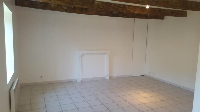 Location maison / villa Querrien 550€ CC - Photo 3