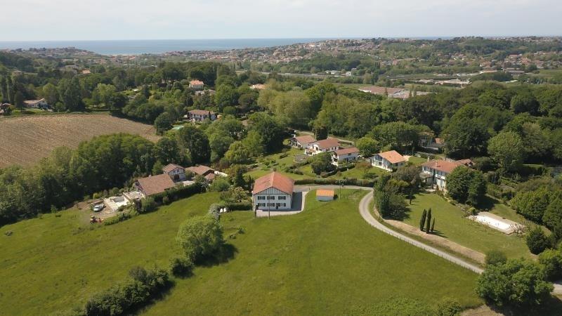 Deluxe sale house / villa Arbonne 1272000€ - Picture 1