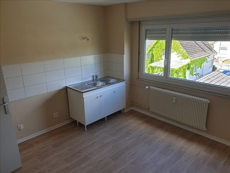 Rental apartment Lauterbourg 593€ CC - Picture 2