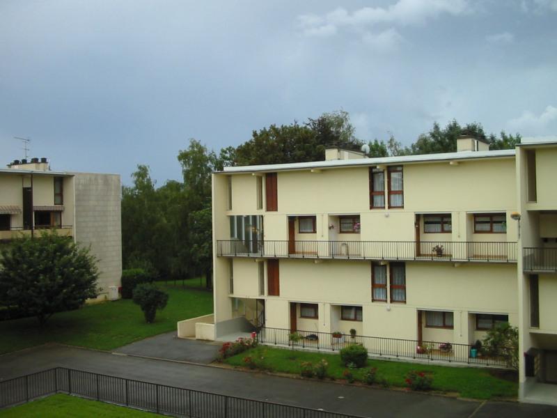 Rental apartment Brie comte robert 950€ CC - Picture 1