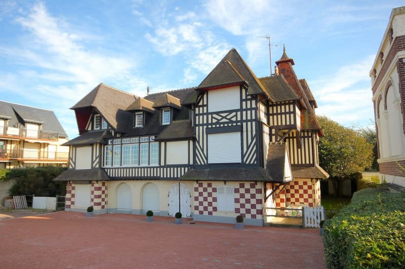 Deluxe sale apartment Villers sur mer 349 000€ - Picture 1