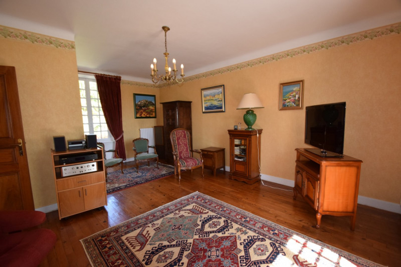 Sale house / villa Troisgots 192500€ - Picture 4