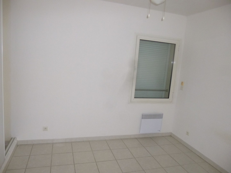Rental apartment Sorgues 660€ CC - Picture 6