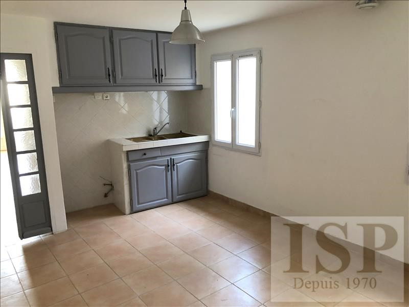 Rental apartment Les milles 811€ CC - Picture 3