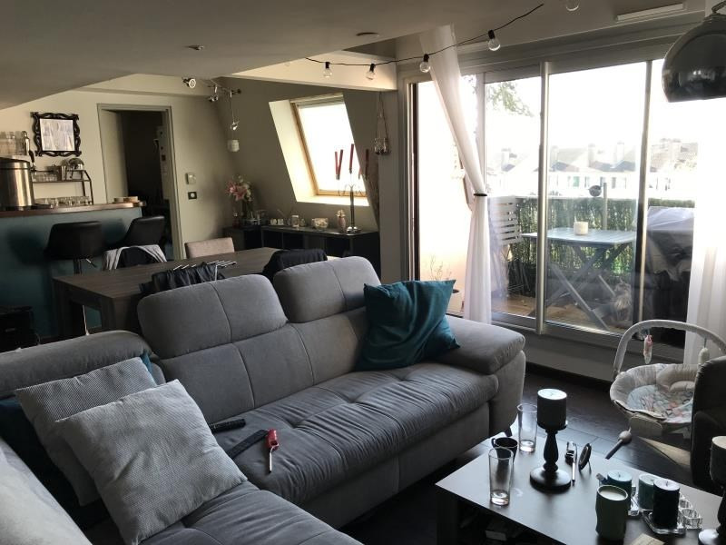 Rental apartment Villepreux 855€ CC - Picture 2