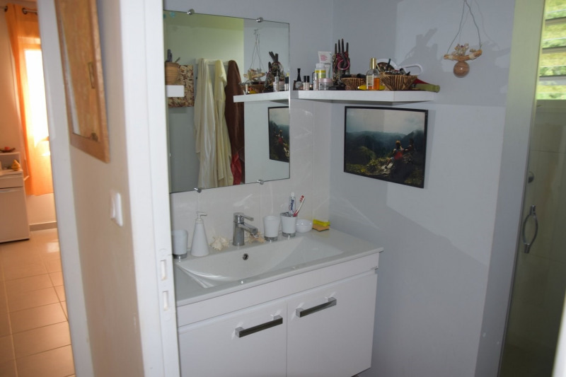 Sale apartment Les trois ilets 265000€ - Picture 11