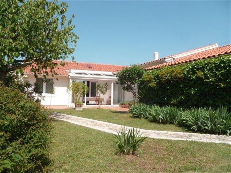 Vente maison / villa Le chateau d'oleron 329600€ - Photo 1