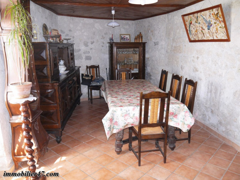 Vente maison / villa Prayssas 79 000€ - Photo 4