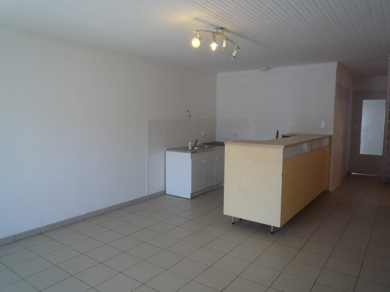 Location appartement St agreve 525€ CC - Photo 1