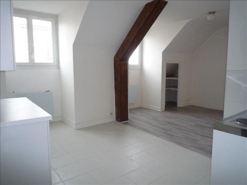Location appartement Le pecq 760€ CC - Photo 8