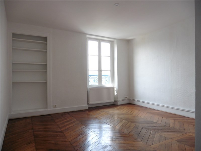 Rental apartment St germain en laye 731€ CC - Picture 4