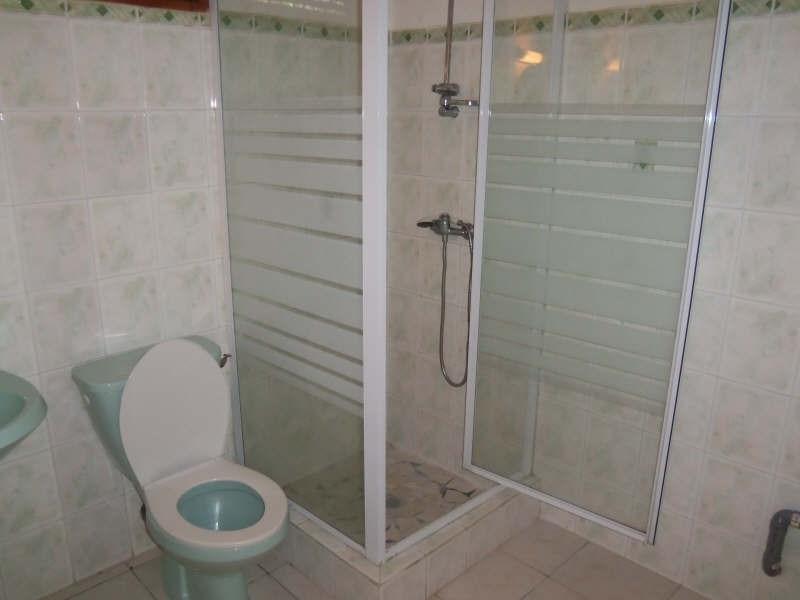 Rental house / villa Ste anne 750€ CC - Picture 9