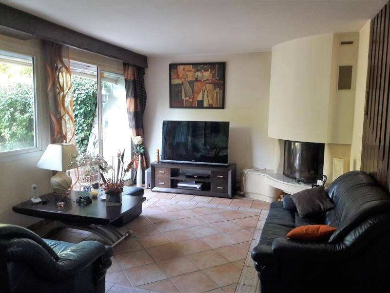 Sale house / villa Frepillon 295000€ - Picture 2