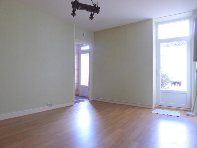 Sale house / villa Saint-laurent-de-cognac 86000€ - Picture 2