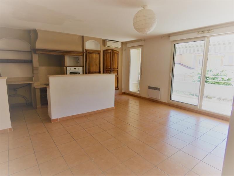 Sale apartment Le beausset 245000€ - Picture 2