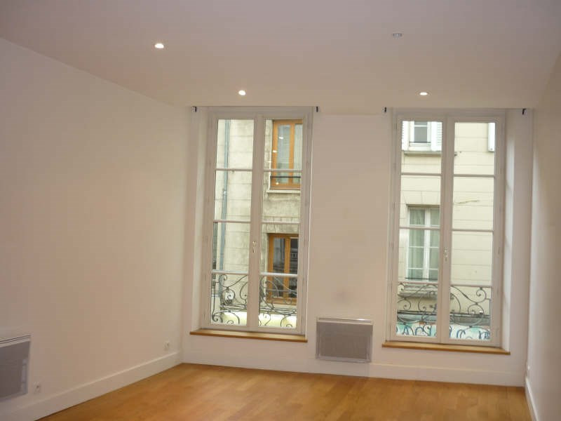 Rental apartment Saint germain en laye 1 180€ CC - Picture 1