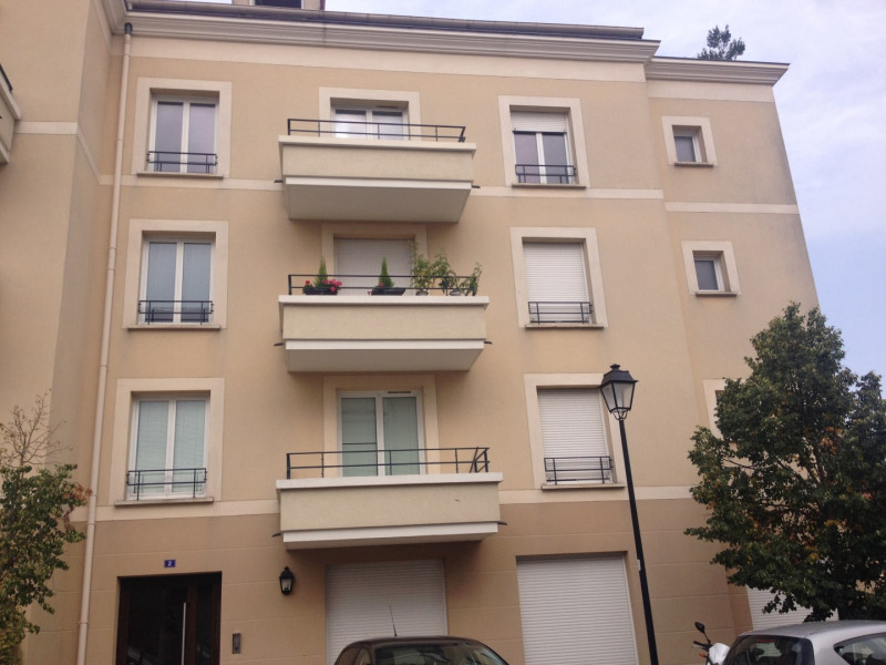 Rental apartment Montlhery 699€ CC - Picture 1