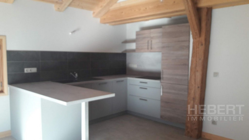 Rental apartment Magland 980€ +CH - Picture 4