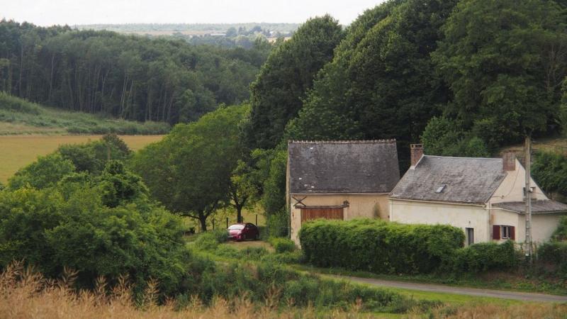 Sale house / villa Bonneveau 64900€ - Picture 2