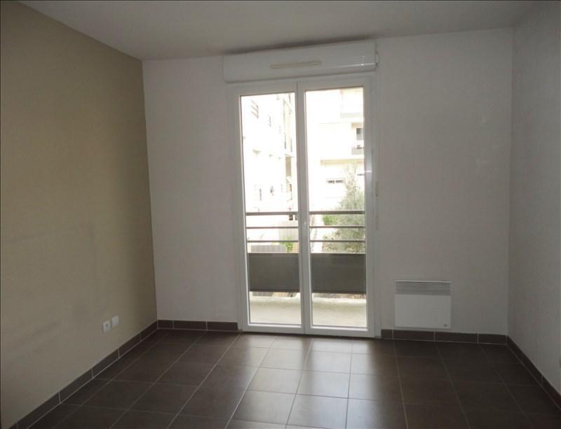 Verhuren  appartement Seyne sur mer 658€ CC - Foto 3