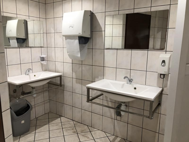 Commercial property sale shop Strasbourg 395900€ - Picture 9
