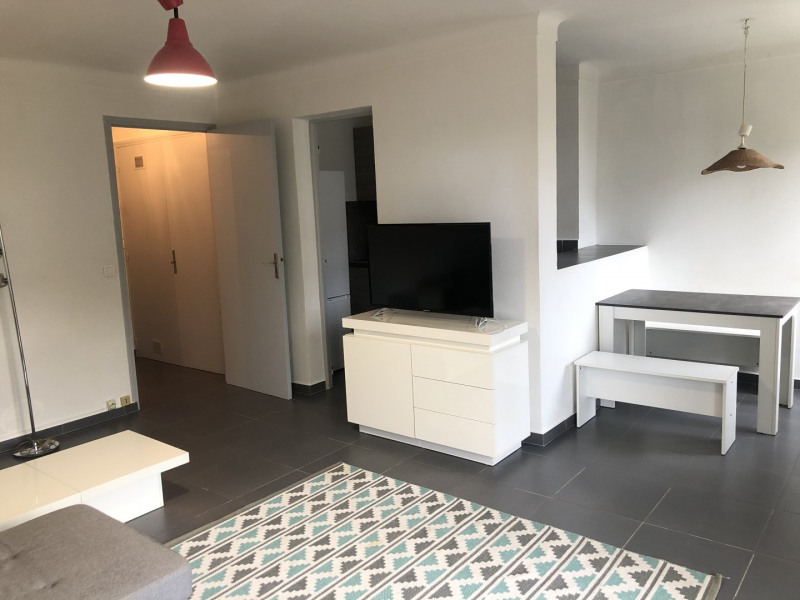 Location appartement Fréjus 600€ CC - Photo 4