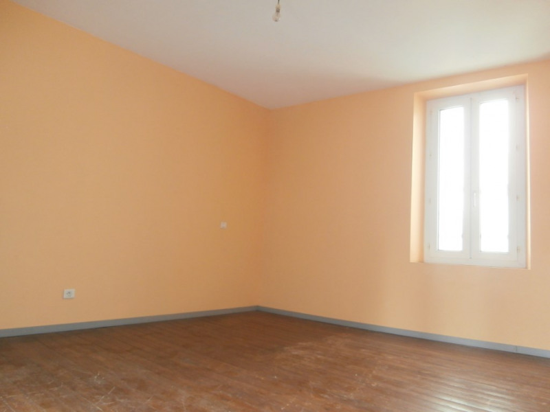 Vente immeuble Le may sur evre 82 000€ - Photo 11