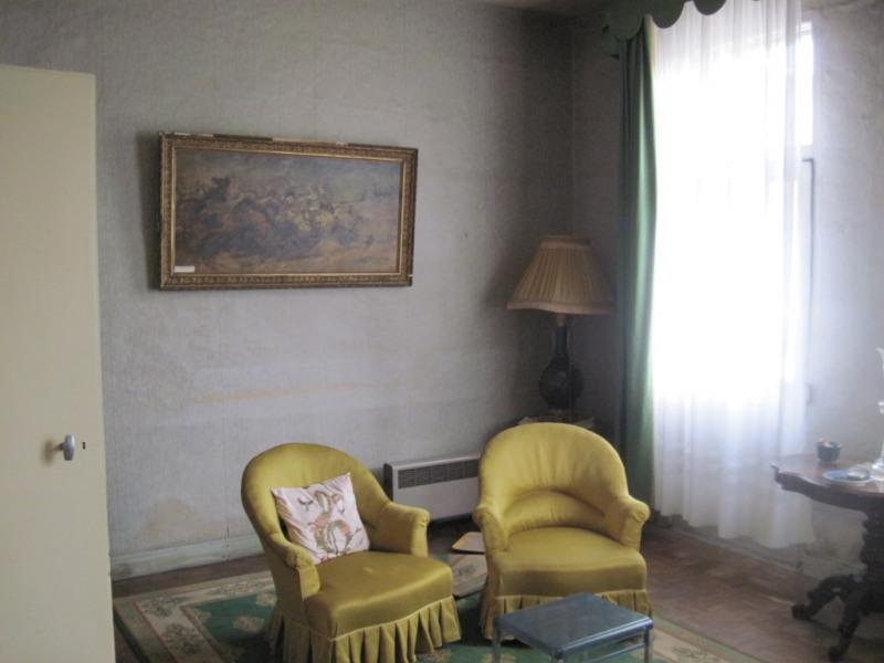 Sale house / villa La chartre sur le loir 107750€ - Picture 2