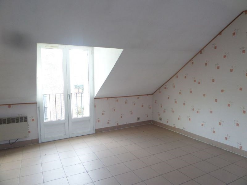 Rental apartment Ballancourt sur essonne 774€ CC - Picture 2