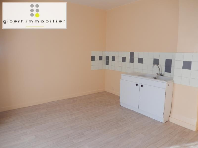 Location appartement Le puy en velay 353,79€ CC - Photo 2