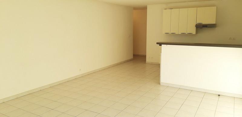 Продажa квартирa Lambesc 314000€ - Фото 2