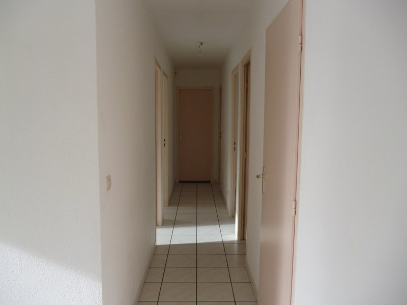 Rental house / villa Aureilhan 795€ CC - Picture 9