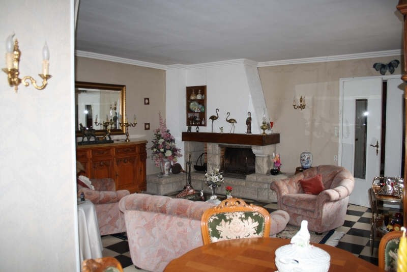 Sale house / villa Aulnoye aymeries 166 500€ - Picture 4
