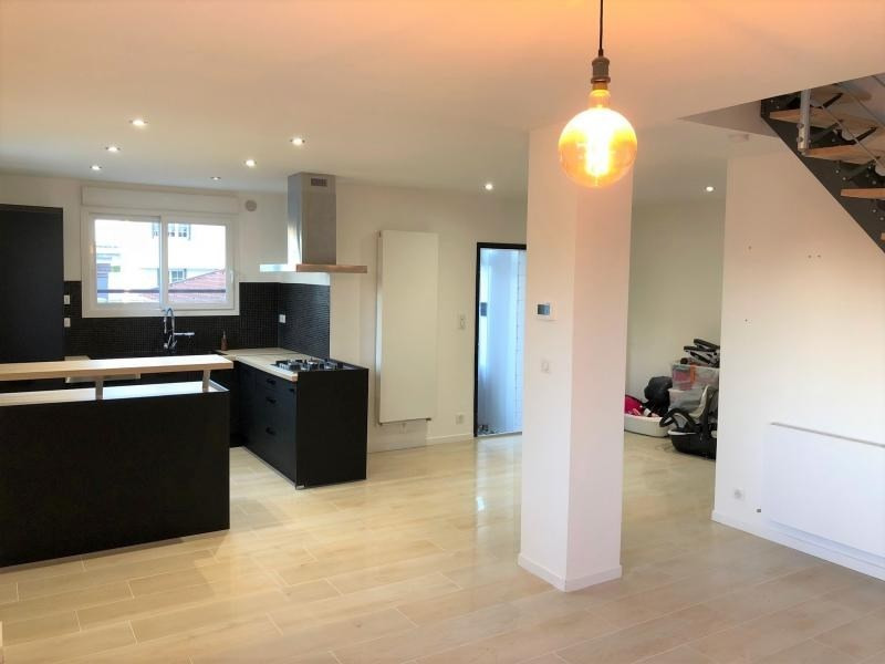 Sale house / villa Beauchamp 365000€ - Picture 1