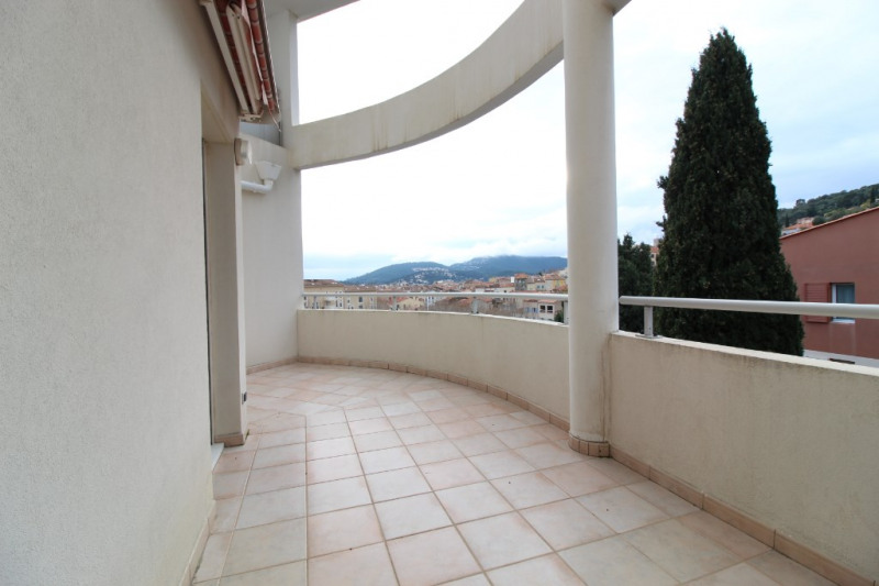 Vente appartement Hyeres 320 000€ - Photo 2