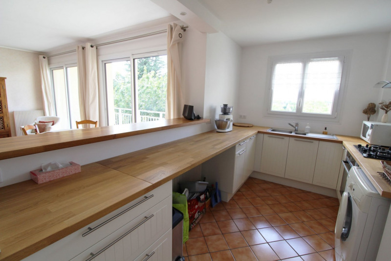 Sale apartment Maurepas 169 500€ - Picture 2